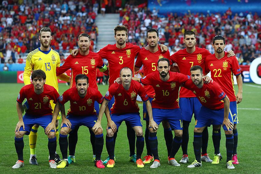 Сборная испании футболу 9 номер